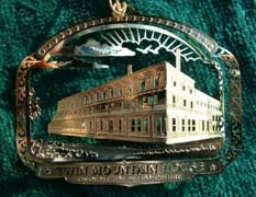 2005 Ornament: Twin Mountain House